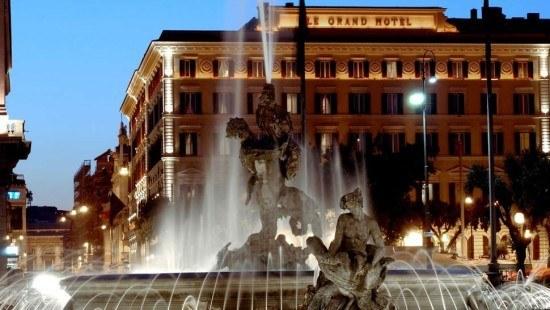 We will sleep like princesses at the St. Regis Rome...