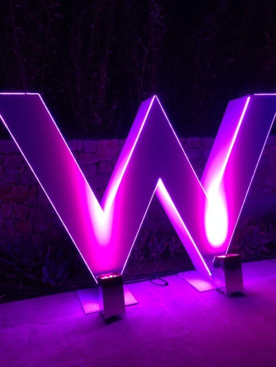 The W House