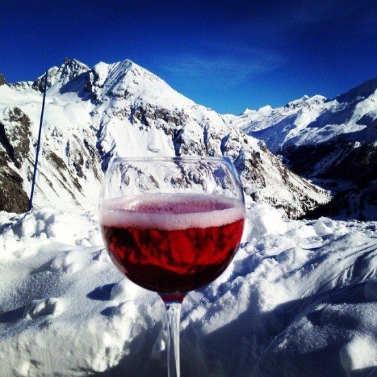 A kir royale with a view. Je t'aime, Val d'Isere