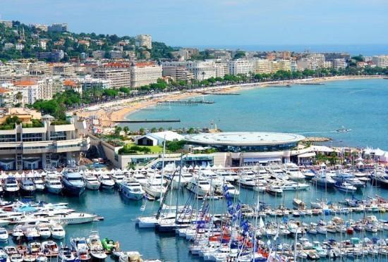 A bit more France, oui oui