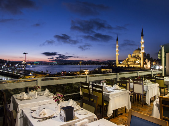 Dinner with a view at Hamdi (make sure you book a table at the top floor restaurant). Photo by restaurant.