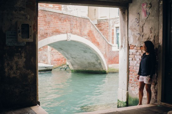 One of my favourite Venice moments without the crowds. Photo by Serena Genovese for Flytographer.