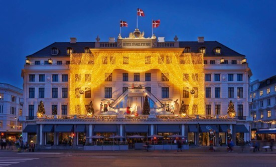 The stunning Christmas lights at the iconic Hotel d'Anglaterre, in Copenhagen