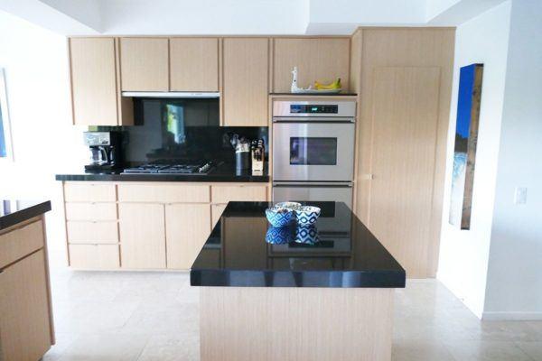 blue door palm springs kitchen