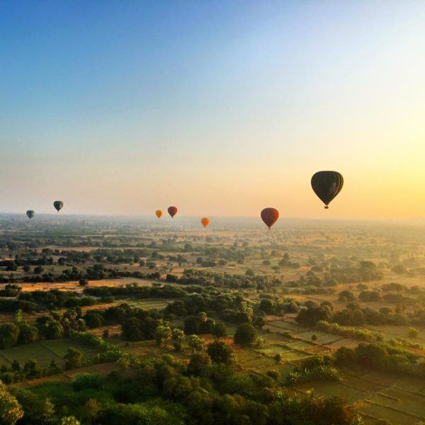 baloon ride in bagan myanmar
