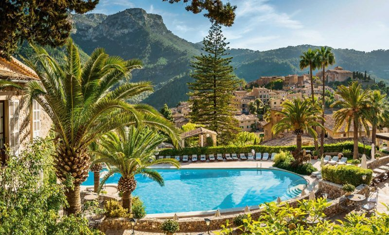 belmond la residencia mallorca luxury hotel sovereign luxury travel pool cover 2