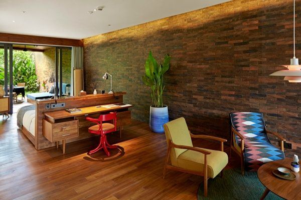 Katamama-Hotel-Bali-Pool-Suite-Living-Room