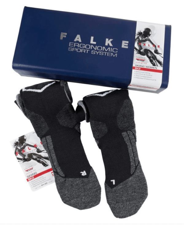 what clothes to wear skiing falke ski socks