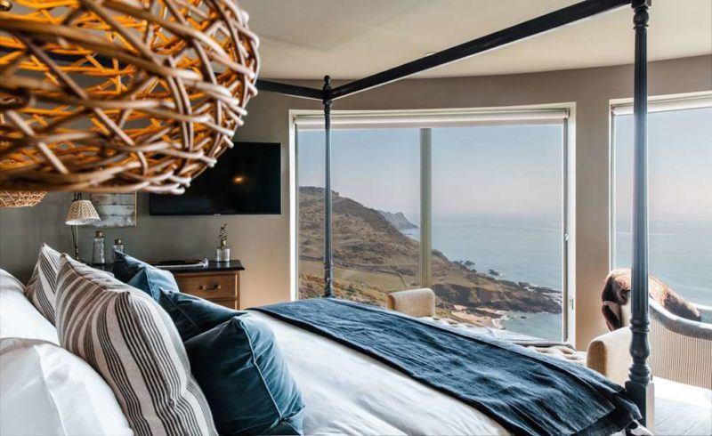 gara-rock-penthouse-luxury hotel salcombe devon uk hotel by the beach with swimming pool