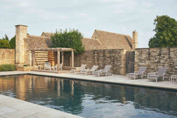 thyme-hotel-cotswolds-united-kingdom-luxury hotel with pool