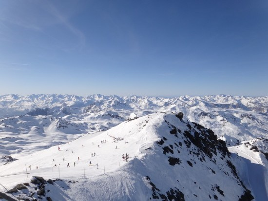 View from the top - Le Caron - Val Thorens (by Jim Newton)