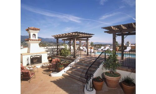Rooftop pool and bar - The Canary Hotel, Santa Barbara CA