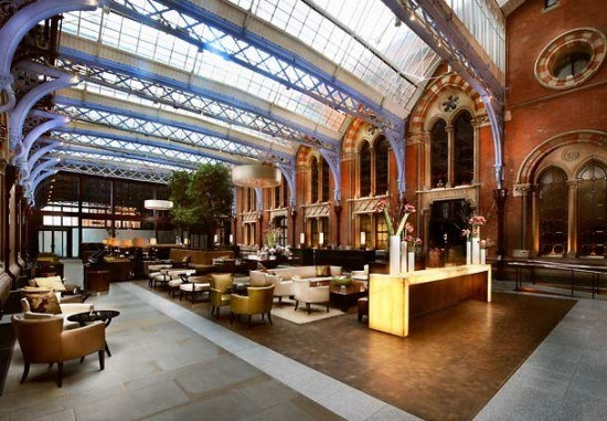 The stylish lobby at the St. Pancras Renaissance