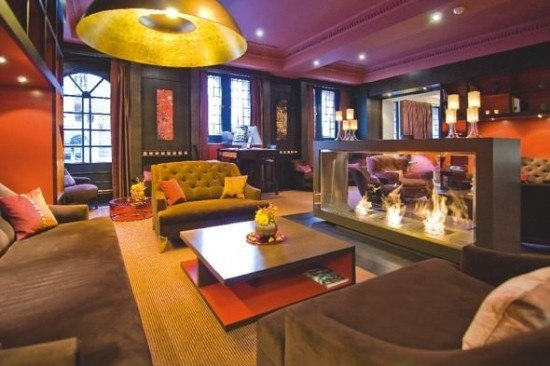 The comfortable library at the Sofitel Amsterdam